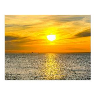 Cartão Postal Nascer do sol do navio