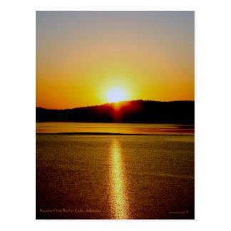 Cartão Postal Nascer do sol sobre o lago Arkansas beaver