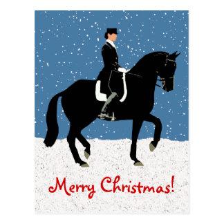 Cartão Postal Natal nevado do cavalo do adestramento