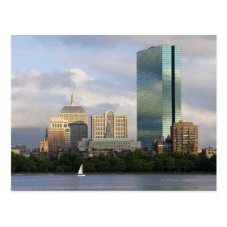 Cartão Postal Navegando no Charles River em Boston,