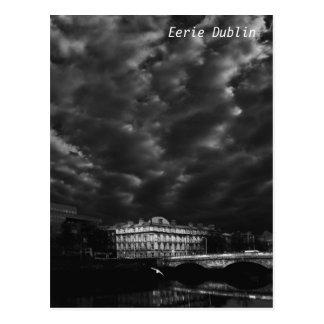 Cartão Postal Nivelamento nebuloso em Dublin