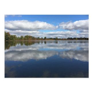 Cartão Postal No lago