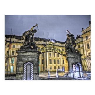 Cartão Postal Noite do castelo de Praga da porta de Matthias