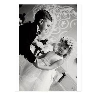 Cartão Postal noivos da dança