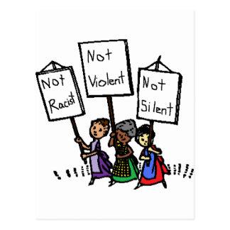 Cartão Postal Nós não somos racistas, violentos, ou silenciosos!