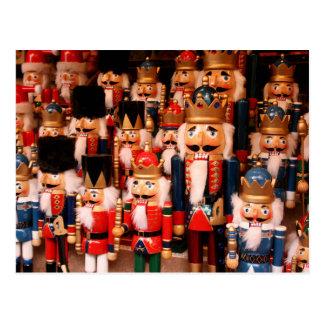 Cartão Postal Nutcrackers de madeira coloridos