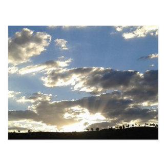 Cartão Postal Nuvens e Sun