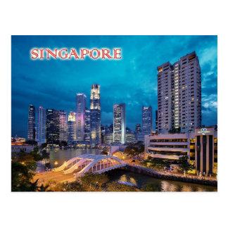 Cartão Postal O cais e a skyline de Singapore na noite