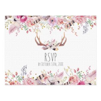 Cartão Postal O chique de Boho floresce os Antlers RSVP Wedding