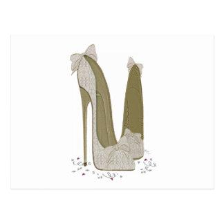 Cartão Postal O estilete do casamento calça a arte