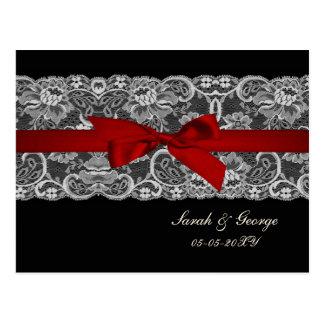 Cartão Postal O falso ata e fita vermelha, rsvp preto do