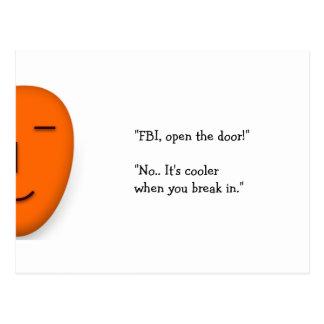 Cartão Postal O FBI abre a porta. a piada engraçada de | envia
