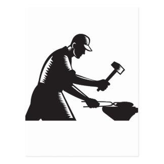 Cartão Postal O ferro do forjamento do trabalhador do ferreiro
