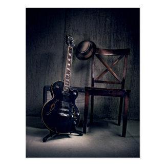 Cartão Postal o jazz e os azuis guitarra, jogador pisaram para
