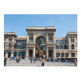 Cartão Postal O quadrado do domo da praça em Milão, Italia