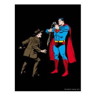 Cartão Postal O superman dobra uma arma