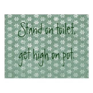 Cartão Postal O suporte no toalete, obtem alto no pote