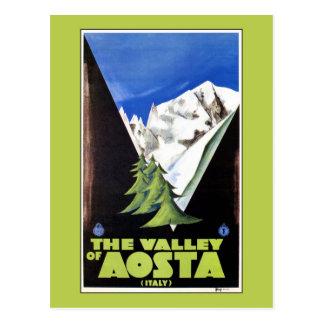 Cartão Postal O vale do poster de viagens dos cumes de Aosta