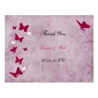 Cartão Postal obrigado cor-de-rosa e roxo da borboleta do