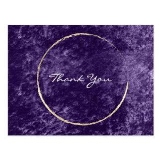 Cartão Postal Obrigado envolve a uva violeta do roxo de veludo