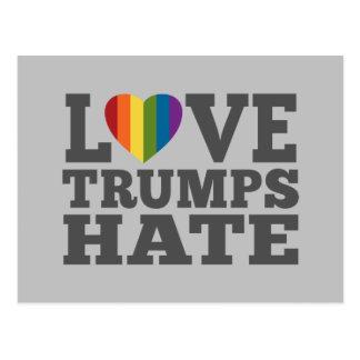 Cartão Postal Ódio dos trunfos do amor - anti Donald Trump