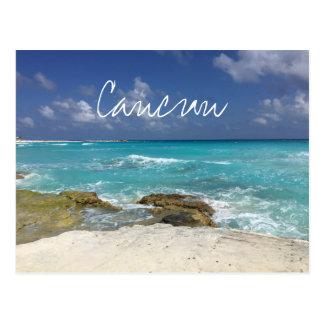 Cartão Postal Ondas de oceano rochosas da praia de Cancun México
