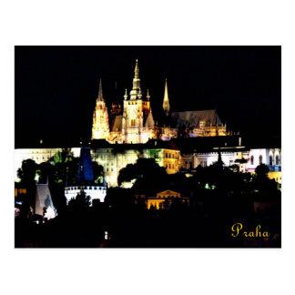 Cartão Postal Opinião bonita da noite do castelo de Praha