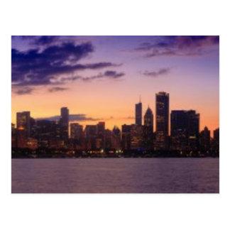 Cartão Postal Os grupos do sol sobre a skyline de Chicago
