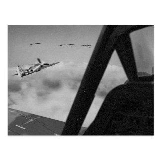 Cartão Postal Os lutadores de Focke-Wulf 190D fecham-se dentro