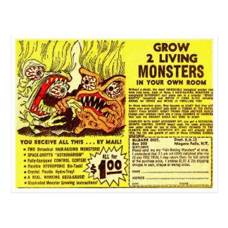 Cartão Postal Os monstro retros do kitsch do vintage 'crescem 2