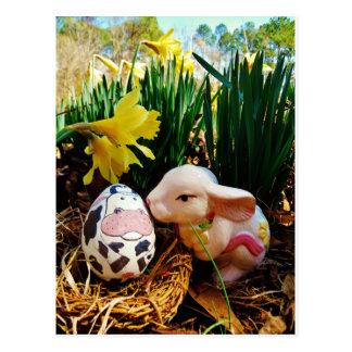 Cartão Postal Ovo do coelhinho da Páscoa e da vaca