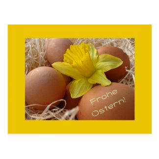 Cartão Postal Ovos e cumprimento da páscoa do daffodil - alemão