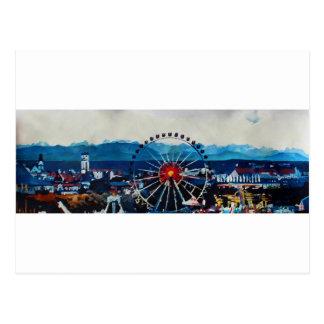 Cartão Postal Panorama de Munich Oktoberfest com cumes e o Wh