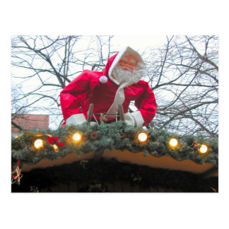 Cartão Postal Papai noel alemão do Natal no telhado