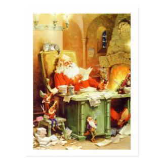 Cartão Postal Papai Noel e seus duendes verificam sua lista