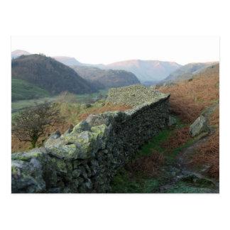 Cartão Postal Parede da Seco-Pedra acima de Thirlmere