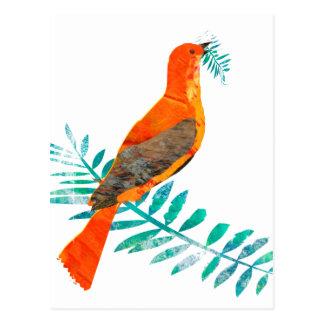 Cartão Postal Pássaro bonito do vermelho da paz do ramo verde