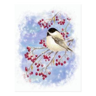 Cartão Postal Pássaro do inverno através da janela nevado. Cena