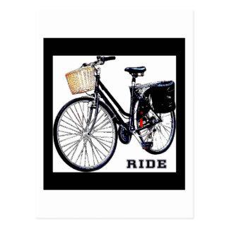 Cartão Postal Passeio da bicicleta de BlackVintage