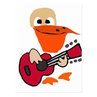 Cartão Postal Pelicano engraçado que joga a arte da guitarra