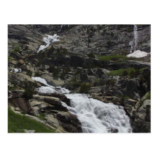 Cartão Postal Penhascos das cachoeiras de Tokopah