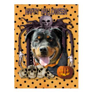 Cartão Postal Pesadelo do Dia das Bruxas - Rottweiler -