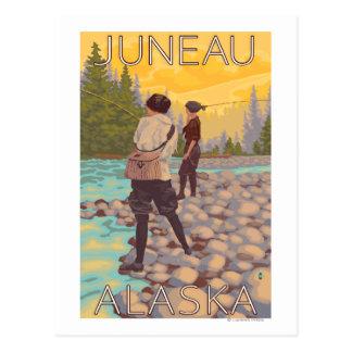 Cartão Postal Pesca com mosca das mulheres - Juneau, Alaska