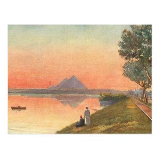 Cartão Postal Pirâmides na distância
