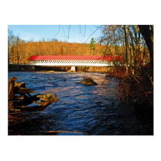 Cartão Postal Ponte coberta de Ashuelot - da borda do rio