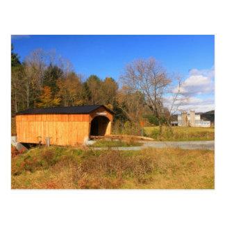 Cartão Postal Ponte coberta e fazenda Randolph sul Vermont