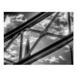 Cartão Postal Ponte da torre e o estilhaço