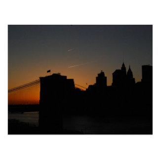 Cartão Postal Ponte de Brooklyn da silhueta