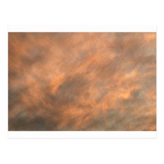 Cartão Postal Por do sol através das nuvens