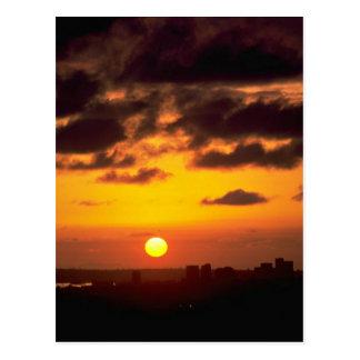 Cartão Postal Por do sol bonito: Skyline do centro, San Diego,